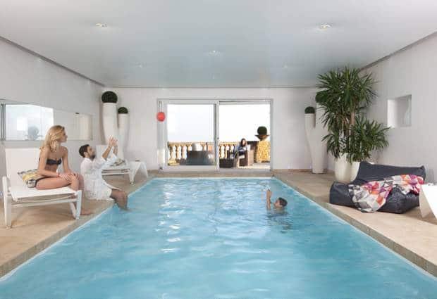piscine_interieure