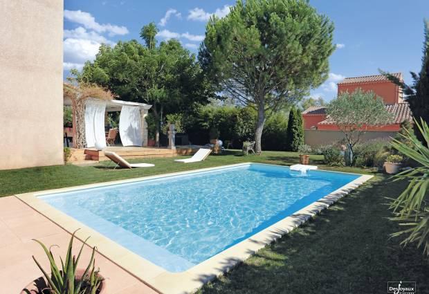 plis_sur_liner_de_piscine_comment_enlever_plis_liner_piscine_piscine_desjoyaux_0